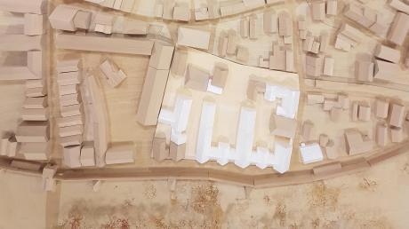 In der Bürgerinformationsveranstaltung am Montagabend kritisierte ein Besucher, dass es kein Modell des Egerviertels zu sehen gebe. Prompt schickte Architekt Reiner Schlientz zwei Fotos des Modells an unsere Zeitung, die Draufsicht ist hier abgebildet.
