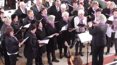 Beim Kirchenkonzert in Möttingen blieb kein Platz mehr frei.