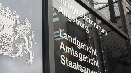 Noch immer muss sich ein Rieser Landwirt am Augsburger Landgericht verantworten.