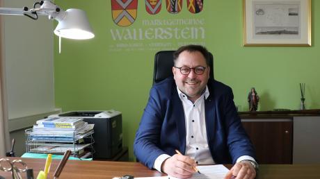 Joseph Mayer will nach 18 Jahren als Rathauschef erneut in Wallerstein kandidieren.