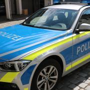 Drei Jugendlichen wurde am Donnerstagabend ein Platzverweis erteilt, nachdem sie betrunken auf dem Dach des EGM Centers entdeckt wurden.
