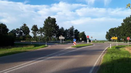 Die B466 bei Löpsingen soll sicherer werden.