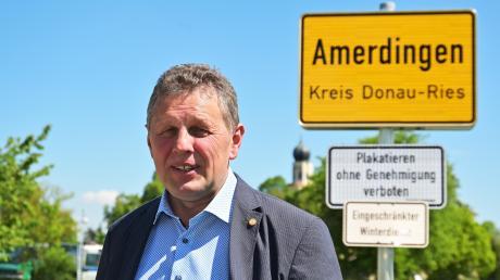 Xaver Berchtenbreiter hat nach eigenen Angaben ein Wahlversprechen eingelöst und einen Fahrdienst für Senioren in Amerdingen eingerichtet.