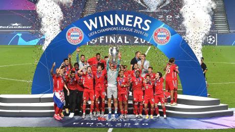 Der FC Bayern München gewinnt die Champions League. Die Mannschaft muss vor leeren Rängen ohne ihre Fans feiern.
