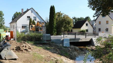 Die Sanierung der Gänsbachbrücke in Megesheim wird bald abgeschlossen sein.