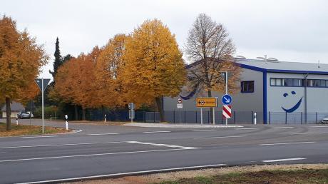 An der Einmündung zur Bundesstraße 29 in Baldingen kommt es immer wieder zu schweren Verkehrsunfällen. Jetzt soll eine Lösung gefunden werden, um die Kreuzung zu entschärfen.