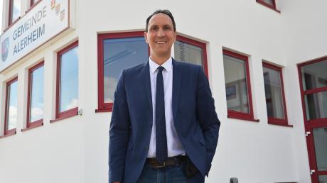 Christoph Schmid ist seit dem Jahr 2008 Bürgermeister von Alerheim. Nun will er in den Bundestag einziehen.