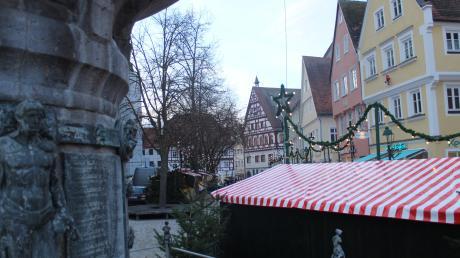 Der Adventszauber dauerte nur einen halben Advent: Am Mittwoch verschwinden die Buden wieder aus der Innenstadt.