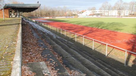 Ein Bild mit Symbolcharakter: das verwaiste Gerd-Müller-Stadion. Der Amateursport ist beim TSV Nördlingen völlig zum Erliegen gekommen.