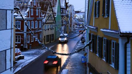 In Nördlingen blieb die Verkehrslage trotz des Schnees auf den Straßen recht ruhig, wie die Polizei auf Nachfrage mitteilt. Im Ostalbkreis kam es dagegen zu einigen Unfällen.