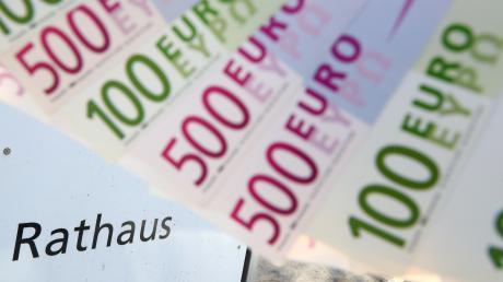 Viel Geld will die Stadt Schwabmünchen dieses Jahr für das geplante Hallenbad am Schulzentrum ausgeben.