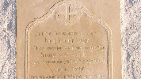 Gedenktafel mit der Anmerkung Ulrich Mayr, herzoglich württembergischer Hofprediger.