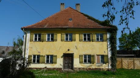 Das alte Pfarrhaus von Birkhausen wird von der Familie Hofmann-Scherrers saniert. Das Gebäude stammt aus dem Jahr 1749.