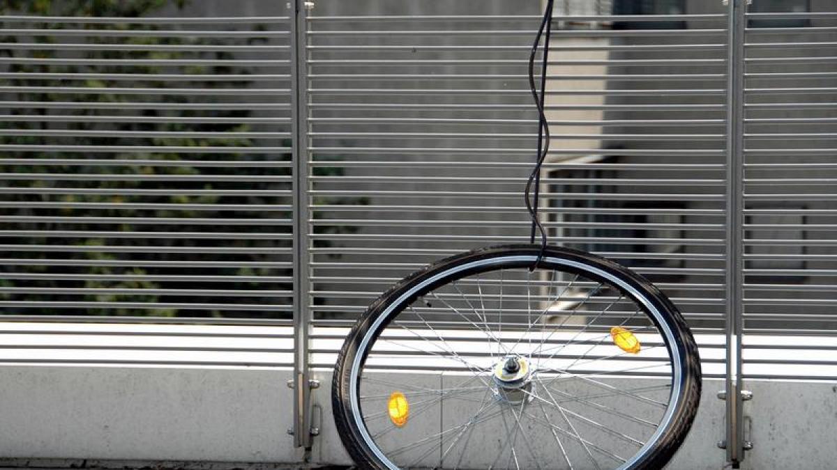 m nchen 3 2 1 deins jugendlicher findet sein gestohlenes fahrrad bei ebay nachrichten. Black Bedroom Furniture Sets. Home Design Ideas