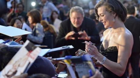 Milla Jovovich bei der Premiere von «Resident Evil: Retribution» in Tokio. Foto: Franck Robichon dpa