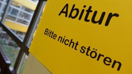 Abi-Skandal inBayern:Ein kompletter Jahrgang einer privaten Fachoberschule fiel bei den Prüfungen durch. Foto: Felix Kästle/Symbol