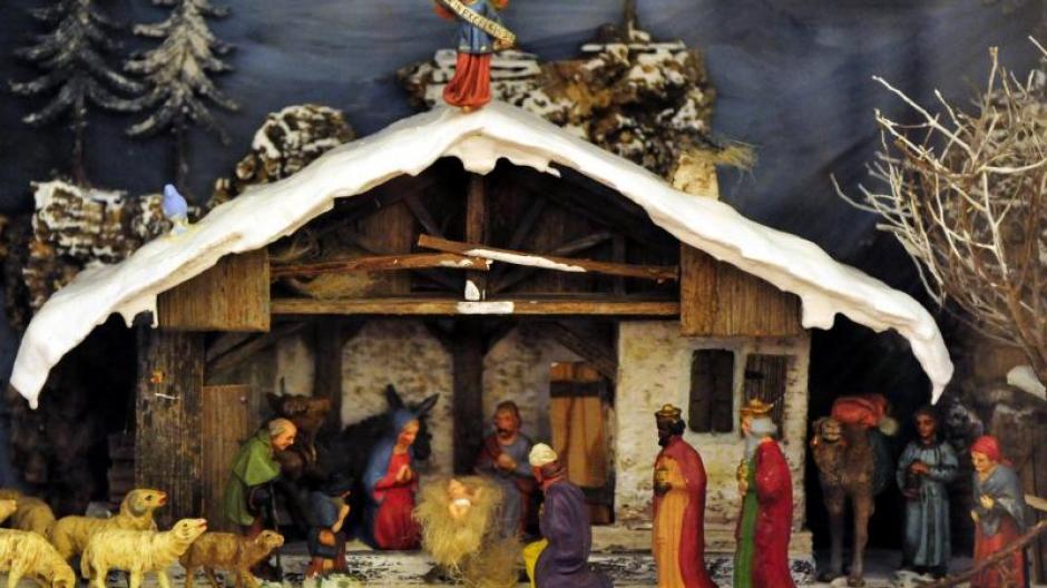 Szene: Weihnachten 2013: Kirche twittert #JesuGeburt - Promis ...