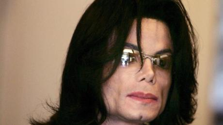 Michael Jackson hinterließ der Welt offenbar auch etliche bisher unveröffentlichte Songs. Foto:Hector Mata
