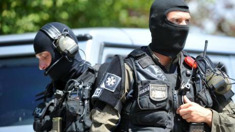 In Baar ist am Donnerstagabend ein Sondereinsatzkommando (SEK) der Polizei ausgerückt.