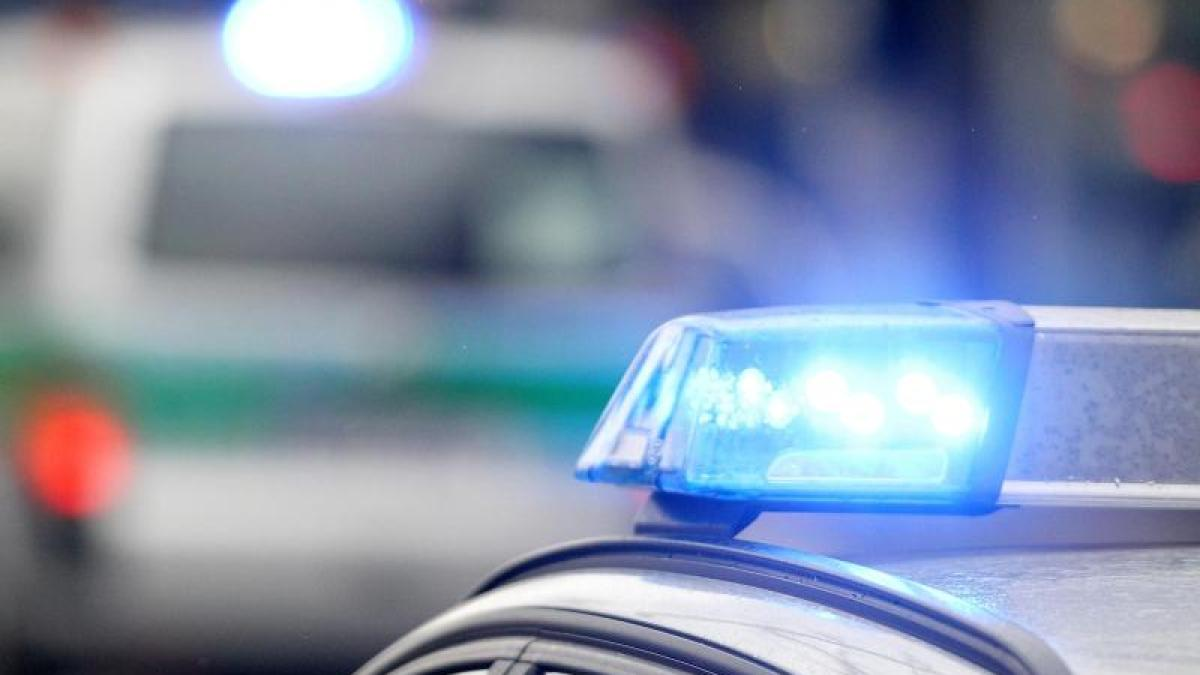 Unbekannte überfallen Frau in ihrem Haus in Utting