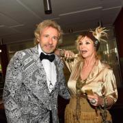 Thomas Gottschalk und seine Frau Thea bei der Eröffnung der 104. Bayreuther Festspiele. Foto: Nicolas Armer