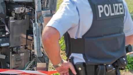 Mit einem Sprengstoffanschlag auf einen Fahrkartenschalter wollte sich ein 32-jähriger Ulmer Geld verschaffen.