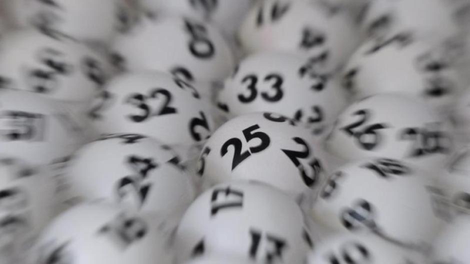 Lotto Weihnachten.Lotto Am Samstag 18 9 Millionen Euro Lottojackpot An Weihnachten