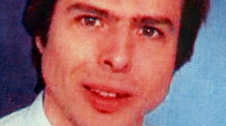 Zu den Todesumständen des Kampusch-Entführers Wolfgang Priklopil prüft die Oberstaatsanwaltschaft Wien zwei neue Privatgutachten.