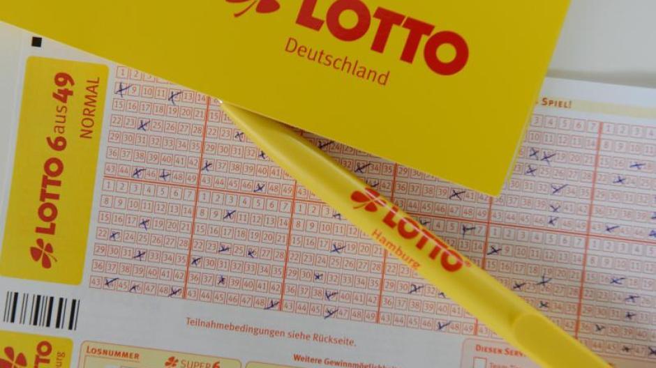 Lotto Am Samstag Lottozahlen Und Quoten Vom Samstag 13 Mai 2017