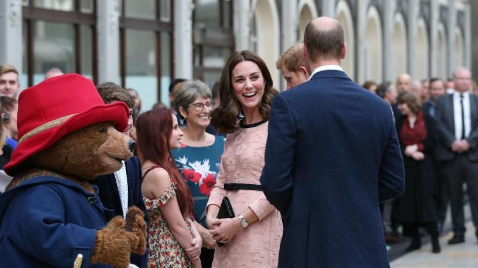 Royaler Nachwuchs Kate Und William Erwarten Ihr Baby Im April