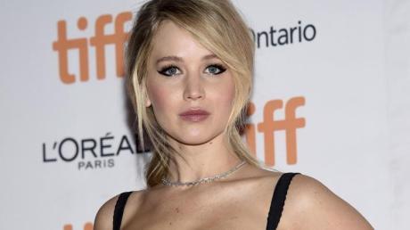 Die Schauspielerin Jennifer Lawrence ist noch nicht darüber hinweg, dass Hacker vor drei Jahren gestohlene Nacktfotos von ihr ins Internet stellten.