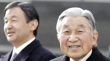 Kaiser Akihito dankt ab und sein Sohn, Kronprinz Naruhito, wird den Thron besteigen.