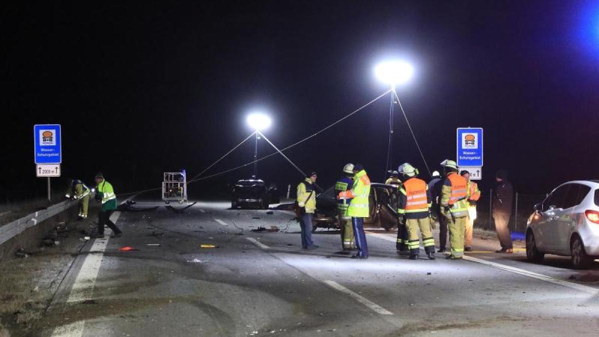 Tragödie: Ersthelfer sterben auf Autobahn - Polizei hofft auf ...