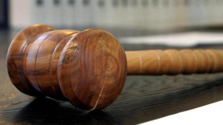 Nach einer Prügelei in Marktoffingen ist ein Mann aus Polen verurteilt worden. (Symbolfoto)