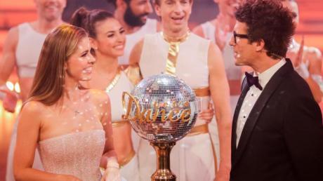 """Victoria Swarovski und Daniel Hartwich sind die Moderatoren von """"Let's Dance"""" 2020."""
