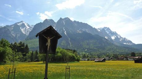 Bayern ist stolz auf seine vielfältigen Landschaften. Doch der Freistaat wächst und wächst - damit geht ein hoher Flächenverbrauch einher.