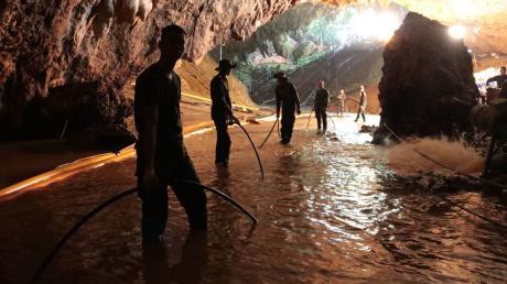 Nach dem weltweit beachteten Höhlendrama ist die Tham-Luang-Höhle in Thailand wieder für Besucher geöffnet.