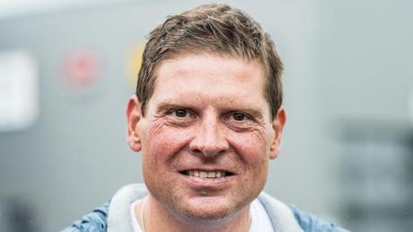 Die Polizei ermittelt erneut gegen Jan Ullrich. Der Ex-Radprofi soll einen Mitarbeiter eines Gastronomiebetriebs tätlich angegriffen haben. Er bestreitet den Vorwurf aber.