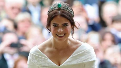 Prinzessin Eugenie bei ihrer Hochzeit vor der St.-Georges-Kapelle von Schloss Windsor.
