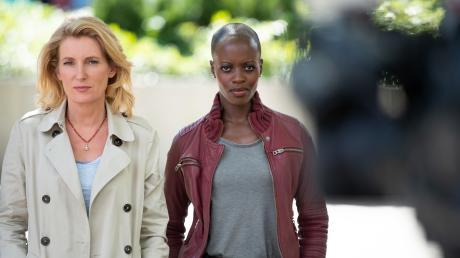 """Die Schauspielerinnen Maria Furtwängler (links) und Florence Kasumba ermitteln künftig gemeinsam im Göttinger """"Tatort"""". Ihr erster Fall wird voraussichtlich im Februar ausgestrahlt."""
