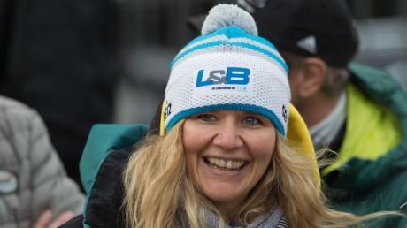 Sandra Kiriasis ist als erfolgreiche Wintersportlerin bekannt - beim Dschungelcamp 2019 lernten die Zuschauer sie abseits von Schnee und Eis kennen.