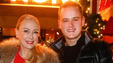 Kampf der Realitystars 2021: Paul Elvers im Porträt. Das Bild zeigt ihn mit seiner Mutter Jenny.