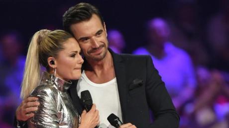 Ein emotionaler Moment:Florian Silbereisen und Helene Fischer. Foto: Jens Kalaene