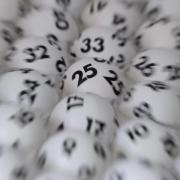 Die 13. Ziehung brachte drei Tippern Glück. Foto: Arne Dedert