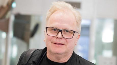 Herbert Grönemeyer wird zum Vorfall am Flughafen Köln/Bonn befragt. Foto: Rolf Vennenbernd