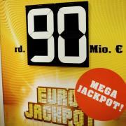 Seit dem Start des Eurojackpots im Jahr 2012 hatte die europäische Lotterie zum siebten Mal die gesetzlich festgelegte Obergrenze von 90 Millionen Euro erreicht. Foto. Martin Gerten Foto: Martin Gerten