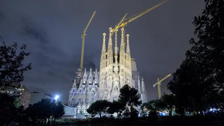 Der Grundstein für die Sagrada Familia wurde 1882 gelegt – aber um eine Baugenehmigung hat sich seitdem niemand gekümmert.