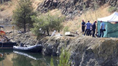 Nach fast zweimonatiger Suche nach den Opfern des Serienmörders sind wohl alle Leichen gefunden worden. Foto:Philippos Christou/AP