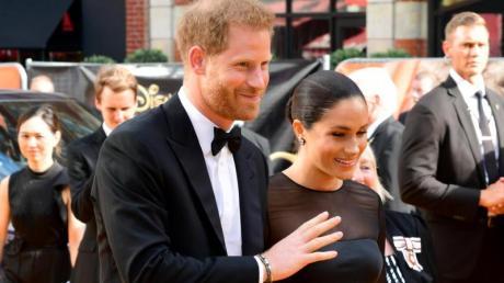 Prinz Harry mit seiner Frau Meghan bei der Europa-Premiere von «König der Löwen» in London. Foto: Ian West/PA Wire/