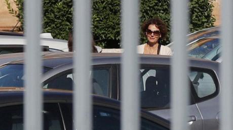 Federic Orlandi, die Schwester der vermissten Emanuela Orlandi, trifft beim Vatikan ein. Foto: Gregorio Borgia/AP